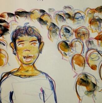 Mensch mit Oberlippenbart, im Hintergrund schemenhaft zu erkennen viele Menschen