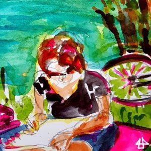 Aquarellbild: zeichnende Frau am Fluss, dahinter ein liegendes Fahrrad.