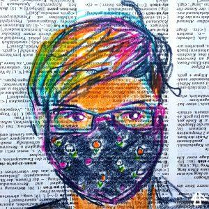 Buntstiftzeichnung auf Wörterbuchpapier, weisser Mensch mit Regenbogenfarbpinken Haaren, schmaler Brille und schwarzer Mund-Nasen-Maske mit kleinen Blümchen.