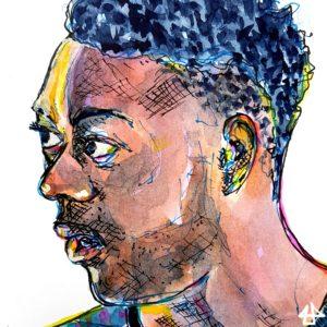 Mit Aquarell kollorierte Fineliner-Zeichnung. Ein schwarzer Mann mit kurzen Haaren, die an den Seiten ausrasiert sind schaut aufmerksam nach links, er spricht. Das Licht kommt von links hinten und wirft weiss-gelbe Reflexe auf seiner Haut.