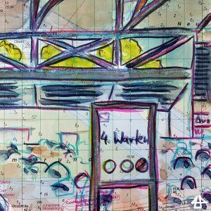 Zeichnungen mit Buntstiften: In der Messe München hohe Dachfenster zeigen Baumkronen und hinter einem Schild mit der Aufschrift »4. Warten« viele Stuhlreihen.